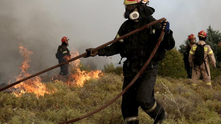 Евакуираха остров Мармара заради горски пожар