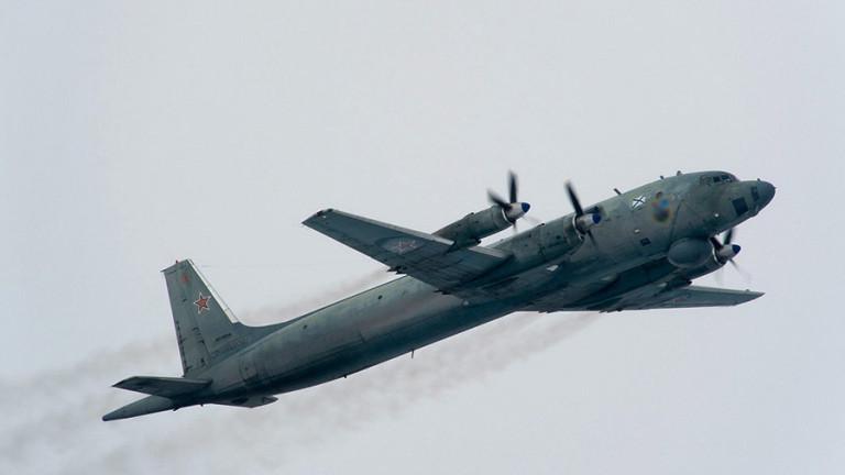 Великобритания вдигна по спешност изтребители в Румъния заради руски самолет