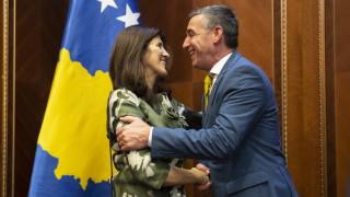 Весели: Косовските граници са свещени и недосегаеми