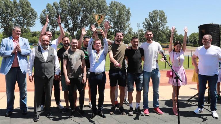 Министърът на младежта и спорта Красен Кралев, кметът на Пазарджик