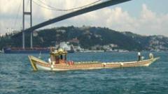 Кораб с български флаг заседна в  Босфора