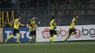 Ботев (Пловдив) съсипа Литекс и е първият полуфиналист за Купата на България