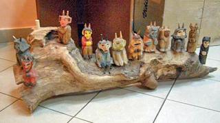 Показват съвременна дървена скулптура в Полския институт