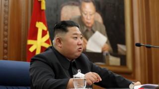 Медиите в КНДР продължават да мълчат за Ким Чен-ун
