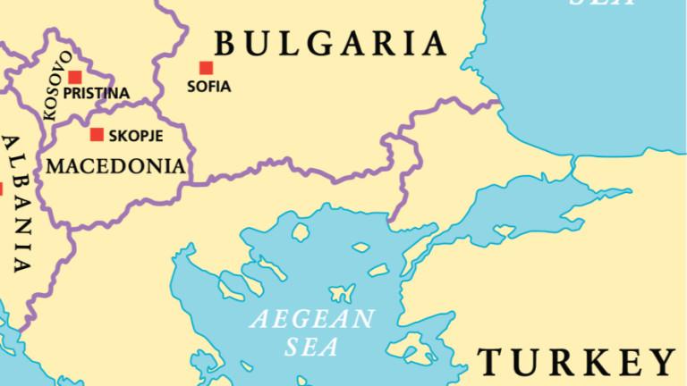 """В Гърция виждат назряващ балкански проблем по """"македонския триъгълник"""""""