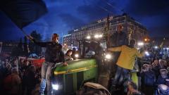 Какво (за Бога) искат гръцките фермери?