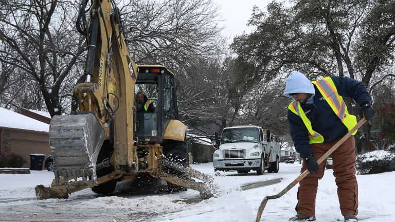 Жители на Тексас получават до $16 000 сметки за ток заради студа миналата седмица