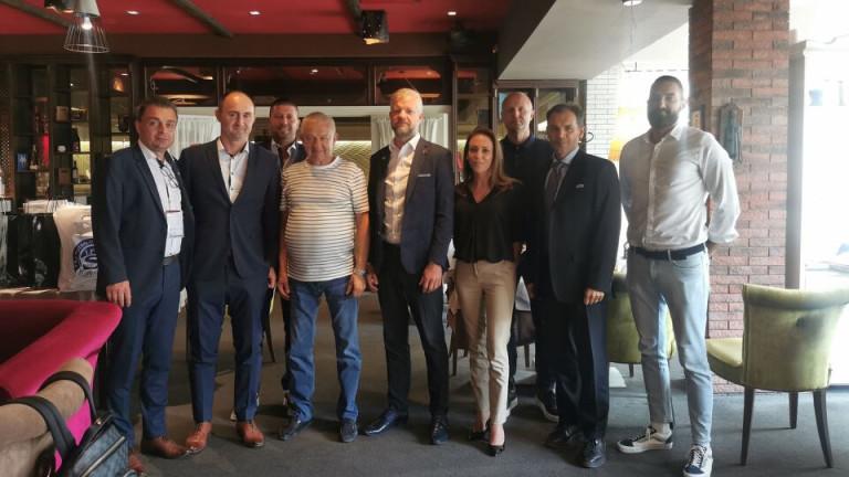 Шефовете на Локо (Пд) и Словачко на официален обяд