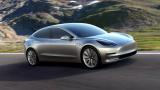 В надпревара с времето Tesla поема рисков ход в производството на Model 3