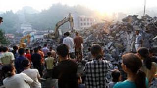 22-ма загинаха при срутване на мост в централен Китай