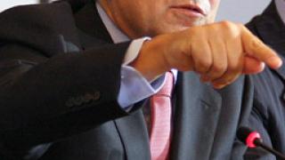 Барозу призова за безпрецедентни мерки срещу кризата