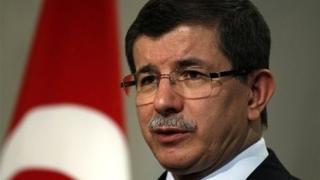 """Атентаторът от Истанбул бил член на """"Ислямска държава"""", обяви Давутоглу"""