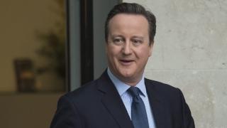 Камерън е имал дял в компанията на баща си, продал го преди да стане премиер