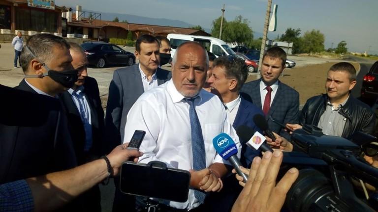 """Премиерът Борисов инспектира строителството на многофункционалната спортна зала """"Арена Бургас"""""""
