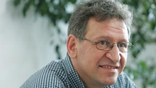 Част от здравната ни система бездейства според д-р Стойчо Кацаров
