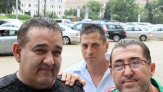 Митьо Пищова и Радо Шишарката обещаха кебапчета и музика