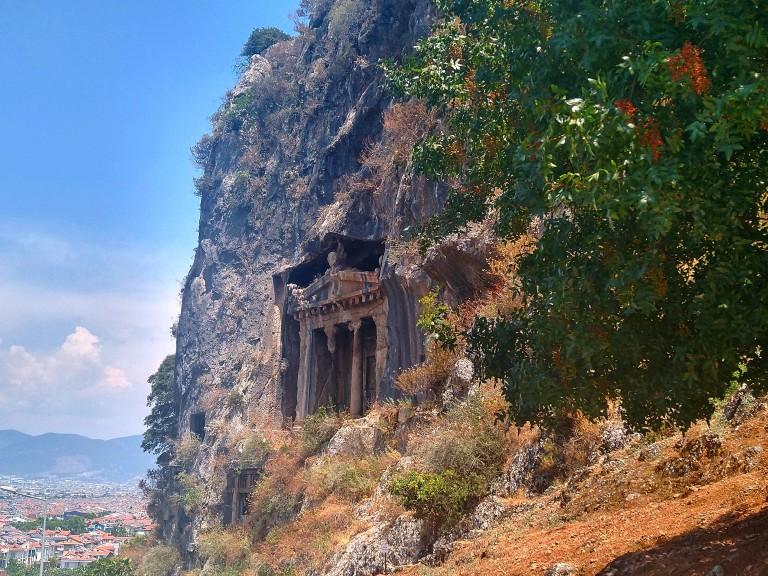 Ликийските гробници във Фетие