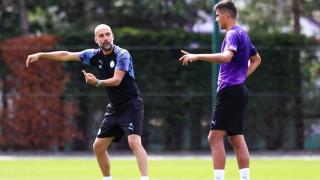 Пеп Гуардиола държи Сити да привлече централен защитник