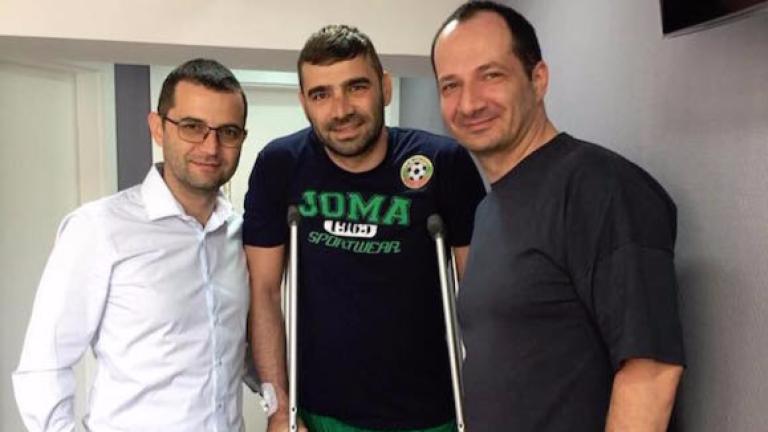 Владо Стоянов вече раздвижва крака си