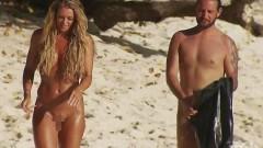 43-годишна плувкиня се появи гола в риалити (СНИМКИ 18+)
