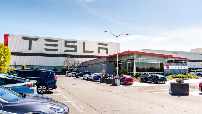 По 500 000 коли годишно ще изкарва Tesla от завода си в Берлин