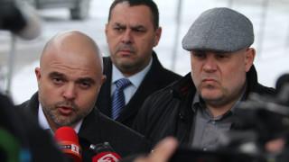 Двама прокурори разговаряли в ОАЕ за Божков