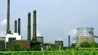 Стабилизиране на безработицата в индустриалния свят