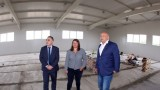 Министърът на младежта и спорта инспектира новата зала на Станка Златева в Сливен