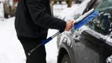 За да ви служи по-дълго: Не подгрявайте на място колата в студа!