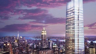 Най-новият небостъргач в Манхатън отваря врати в призрачен квартал