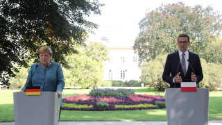 "Меркел се опитва да успокои страховете на Полша за ""Северен поток 2"""