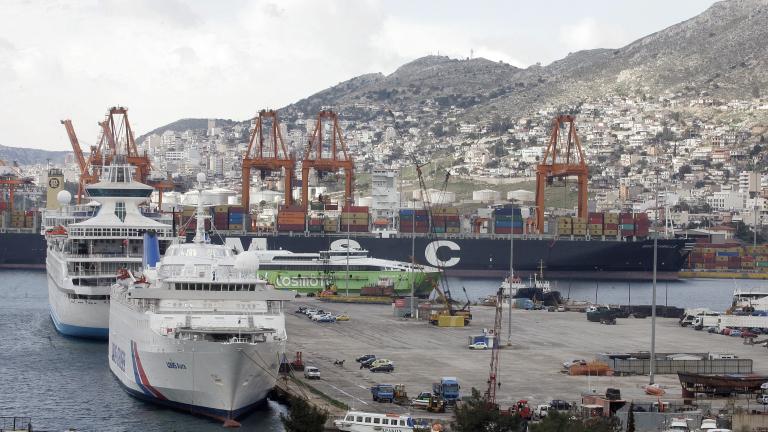 """Планът за превръщането на Пирея в третото най-голямо пристанище в Европа получи първо """"да"""""""