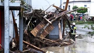 Порои в Германия предизвикват наводнения, има жертви