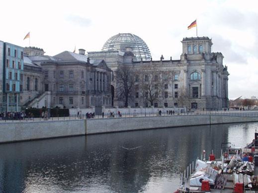 Германия иска наблюдатели на изборите в Русия