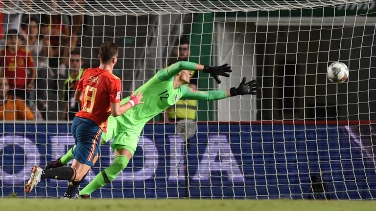 Испания 4 : 0 Хърватия 55′ Нова чудесна атака завърши