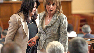 Депутати се лаят по изборния кодекс и други неща