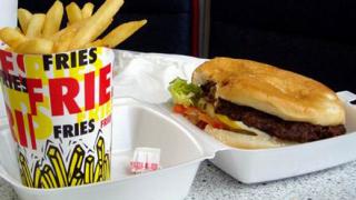 Обвиняваме некачествената храна за наднорменото си тегло
