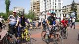 Тереза Маринова подкара велосипед в Южния парк