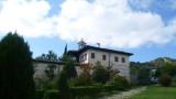 Адвокат търсил имане в стената на Роженския манастир