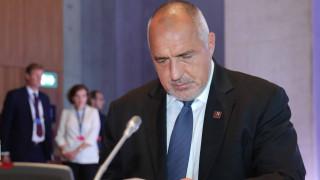Борисов чака кога президентът няма да повтори Нинова