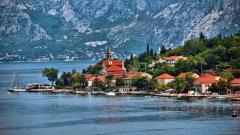 Руските туристи имат нова любима дестинация на Балканите, която Кремъл не харесва