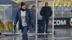 Роси се страхува от шпионаж, засекрети тренировките на Левски