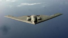 """САЩ разположиха два ядрени бомбардировача Б-2 """"стелт"""" в Европа"""