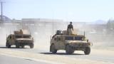 Афганистан освобождава 900 талибани