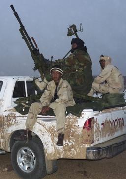 Френски войник загина при сблъсъци с ислямисти  в Мали