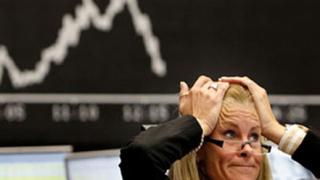 Паника на световните финансови пазари заради кризата в Либия