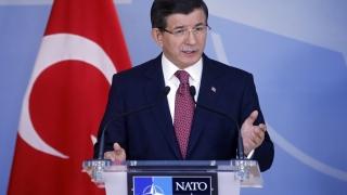 Турция призова за откриване на канали за комуникация с Русия