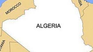 Атентат в полицейски участък в Алжир, 30 души са ранени