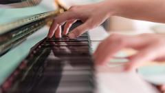 20-годишен български пианист спечели един от най-престижните конкурси в света