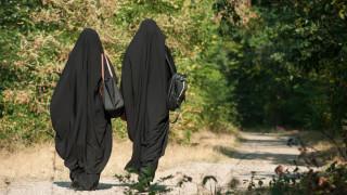 Френските ученици против закона за забрана на религиозните символи в училищата